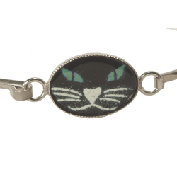 bracelet ovale set head cat with emerald eyes